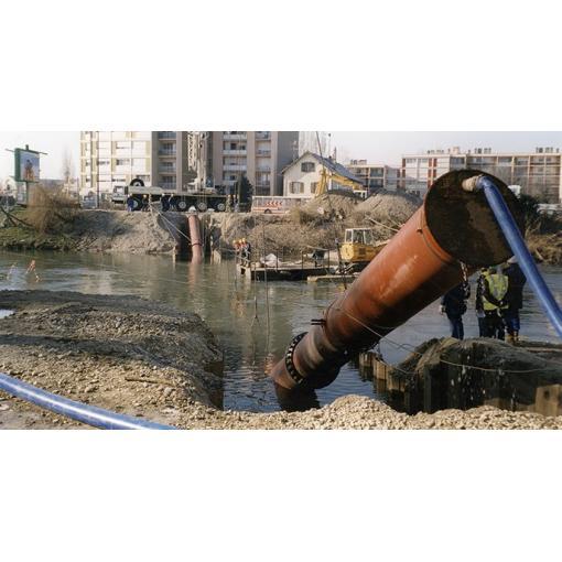 Instalação em imersão- travessia de uma ribeira- tubagem em ferro fundido dúctil Integral- Saint-Gobain PAM